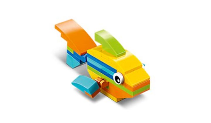 FREE LEGO Fish Mini Model Build at LEGO Stores on August 8 and 9 (US Only)