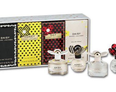 Marc Jacobs Miniature Perfumes Giveaway (US Only)